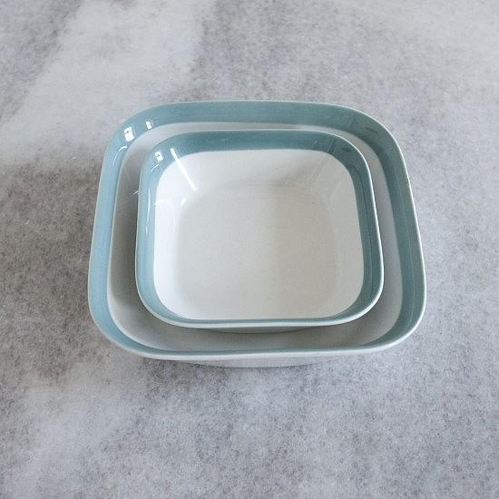 TRIJE-KOSI-retro-plates-petrol-blue-porcelane-550x550