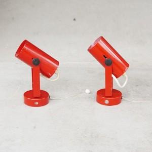 TRIJE_KOSI_red_wall_lamp_string041-550x550