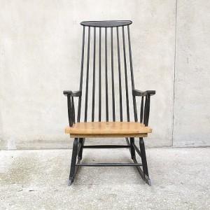 vintage-black-rocking-chair-1-560x560