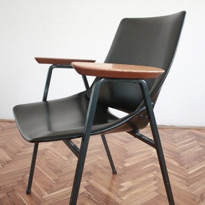 TRIJE-KOSI-vintage-chair-lupina-with-armrests-by-niko-kralj-4-560x560
