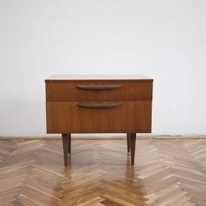 TRIJE-KOSI-vintage-veneer-side-table-1-550x550