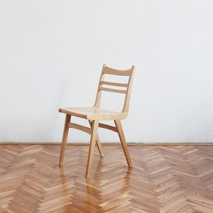 TRIJE-KOSI-vintage-wooden-small-chair-1-550x550